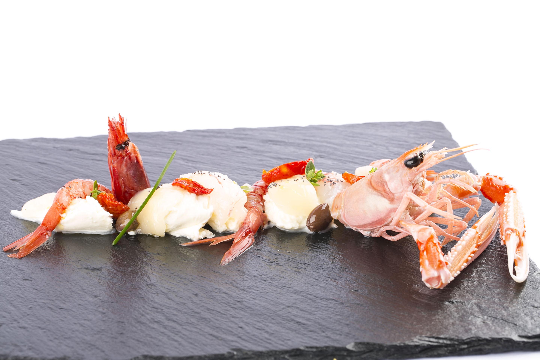 Lo stile unico è dato da un mix di intuito, equilibrio e sperimentazione, dove ogni singolo ingrediente ha la sua importanza, ogni piatto la sua storia